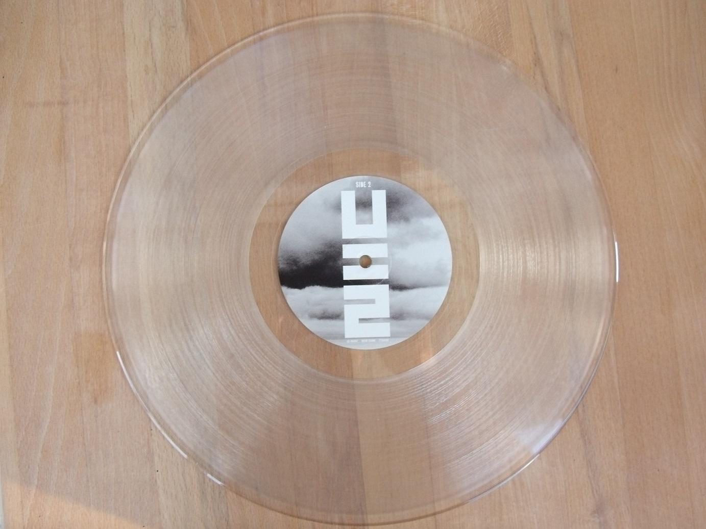 U2 News: No Line On The Horizon – Remastered Vinyl (Black/Clear