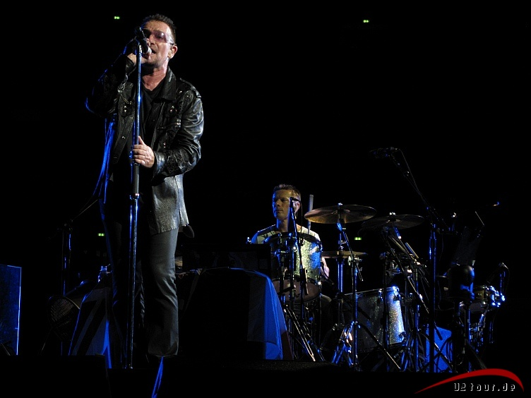 Bono, Larry Mullen Jr.